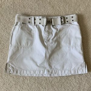 Old Navy Khaki Mini Skirt With Belt Size 8